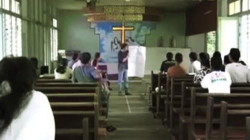 Periodismo ciudadano móvil en la Indonesia rural