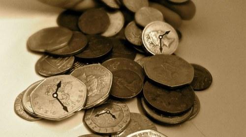 Bancos de tiempo y monedas sociales en España