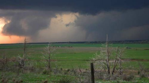 Redes sociales para ayudar a las víctimas tras el tornado de Oklahoma