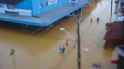 Twitter y las inundaciones del Sur de Brasil. Mas de 80.000 desplazados y un centenar de fallecidos