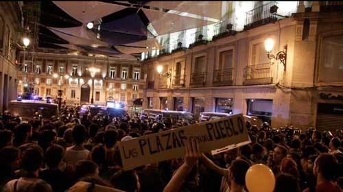 El Movimiento #15M #vuelvealaplaza