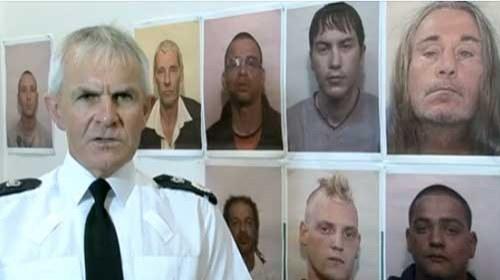 El Gobierno británico estudia la prohibición de Facebook y Twitter en los #LondonRiots