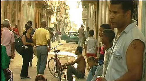 Facebook censura al activista y cineasta cubano Luis Moro