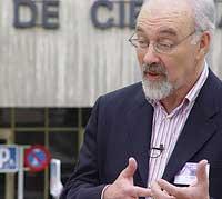 """Francis Pisani y la """"Simbiosis mediática"""""""