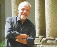 Paulo Coelho solicita la participación ciudadana para llevar al cine su última novela