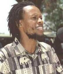 """Ndesanjo Macha: """"Hoy, todo el mundo puede ser periodista"""""""
