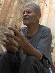 """EquinoXio nos acerca la vida de """"los otros ciudadanos de Medellín"""", como la historia de Don Suso"""