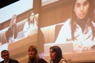 Cáceres apostó por terminar con la confrontación entre bloggers y periodistas y defender la sinergia y los contenidos de calidad