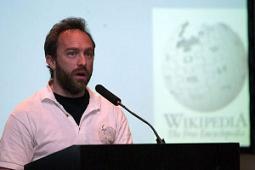Jimmy Wales dará una charla gratuita en el Magíster Internacional en Comunicación y Periodismo Digital en Chile