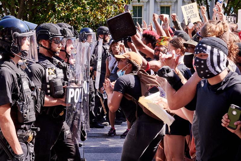 Citizen y Signal las dos aplicaciones más descargadas en las manifestaciones de EE.UU