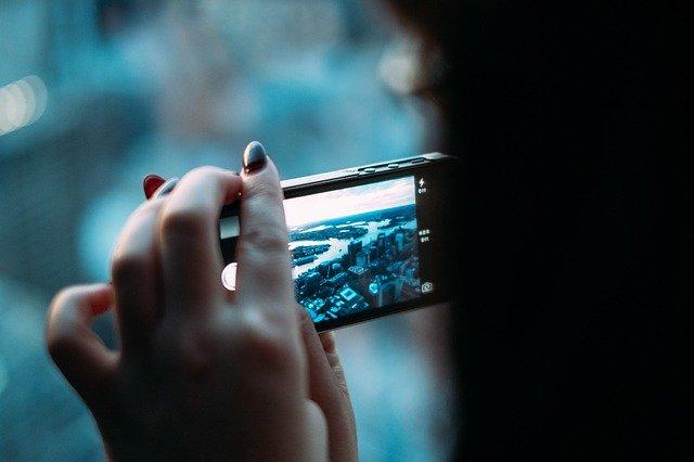 """Ana I.Bernal Triviño: """"El smartphone es un recurso imprescindible para el ciudadano y para el periodista"""""""