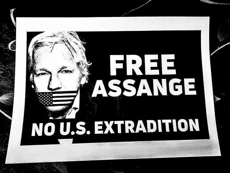 México ofrece asilo político a Julian Assange tras no ser extraditado